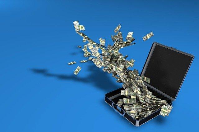 kufr penězu